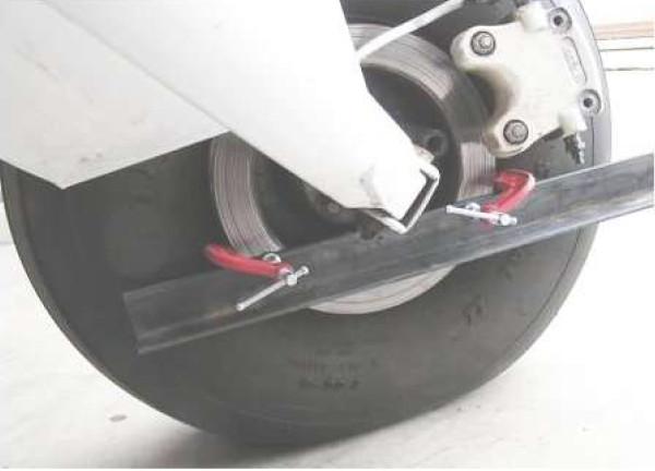Main wheel alignment